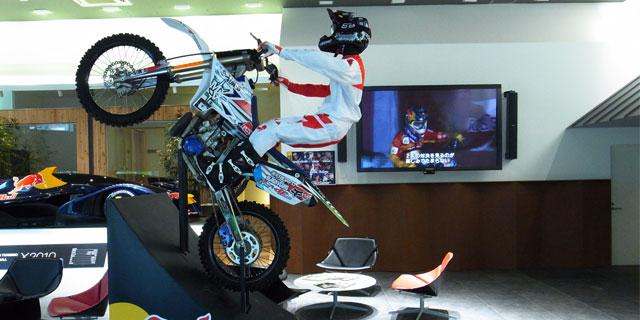 » Red Bull X-Fighters Osaka 2013 展示バイクのディレクション